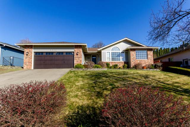 2324 Fairfield Drive, Medford, OR 97504 (MLS #220117621) :: Bend Homes Now