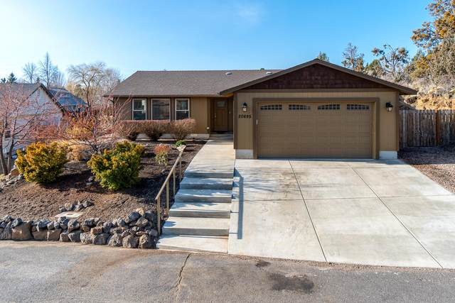 20695 Liberty Lane, Bend, OR 97701 (MLS #220117627) :: The Ladd Group