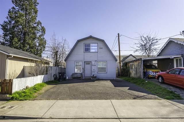 704-710 Cedar Street, Medford, OR 97504 (MLS #220117690) :: Bend Homes Now