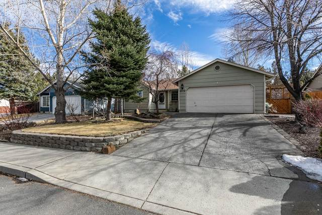 20735 NE Town Drive, Bend, OR 97701 (MLS #220117703) :: Bend Relo at Fred Real Estate Group
