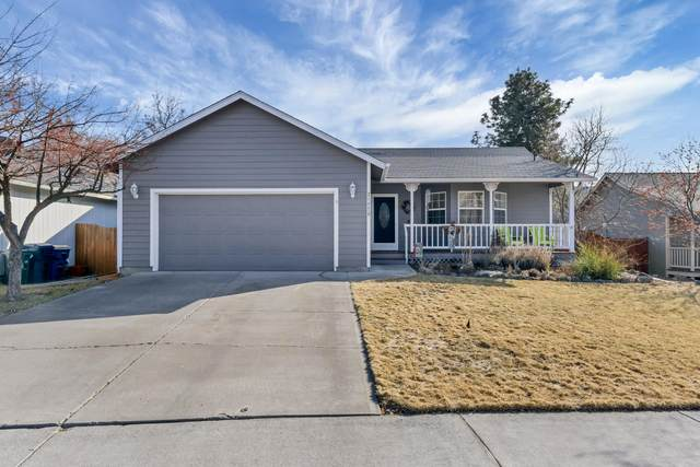 21375 Starling Drive, Bend, OR 97701 (MLS #220117733) :: Bend Homes Now