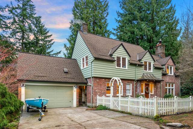 1880 SW Edgewood Road, Portland, OR 97201 (MLS #220117744) :: Coldwell Banker Sun Country Realty, Inc.
