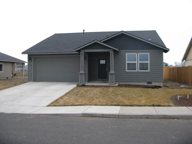 606 Patriot Drive, Metolius, OR 97741 (MLS #220117823) :: The Ladd Group