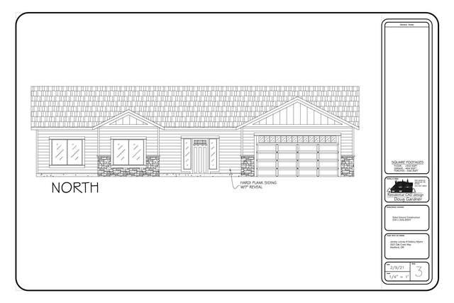 262 Oak Crest Way, Medford, OR 97501 (MLS #220117831) :: The Ladd Group