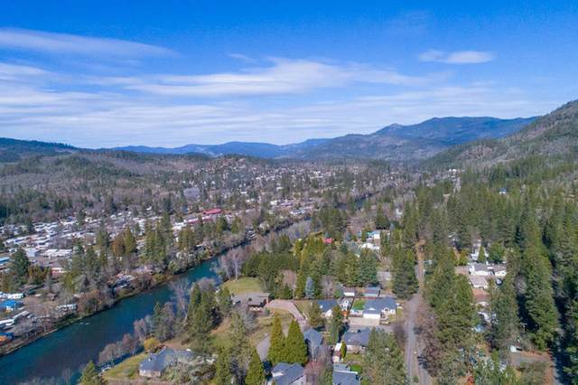 480 Old Ferry Road, Shady Cove, OR 97539 (MLS #220117869) :: FORD REAL ESTATE