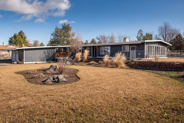 17 NE 16th Street, Madras, OR 97741 (MLS #220118109) :: Fred Real Estate Group of Central Oregon