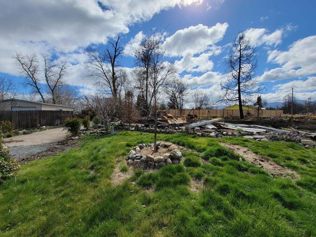356 Northridge Terrace, Medford, OR 97501 (MLS #220118277) :: Rutledge Property Group