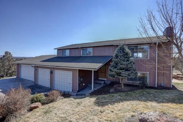 1898 SE Hoffman Drive, Madras, OR 97741 (MLS #220118299) :: Chris Scott, Central Oregon Valley Brokers