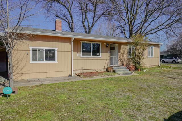 1300 Dakota Avenue, Medford, OR 97501 (MLS #220118363) :: Premiere Property Group, LLC
