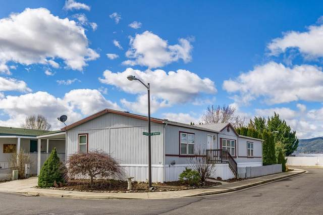 2552 Thorn Oak Drive #87, Medford, OR 97501 (MLS #220118500) :: Premiere Property Group, LLC
