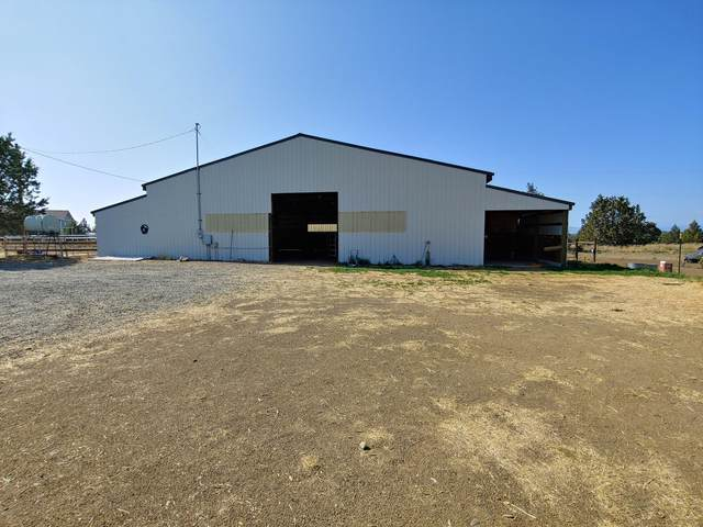 7131 SW Shad Road, Terrebonne, OR 97760 (MLS #220118610) :: Bend Relo at Fred Real Estate Group