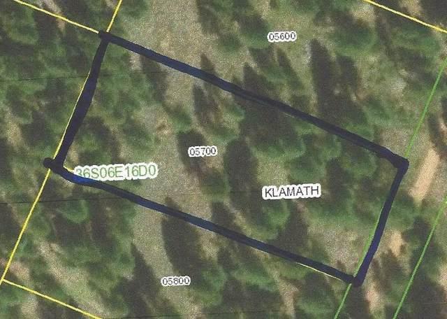 Clover Way Lot 36, Klamath Falls, OR 97601 (MLS #220118678) :: Berkshire Hathaway HomeServices Northwest Real Estate