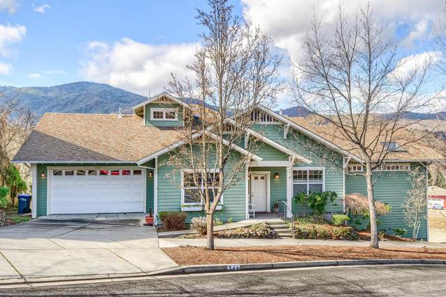544 Mountain Meadows Drive, Ashland, OR 97520 (MLS #220118773) :: Stellar Realty Northwest