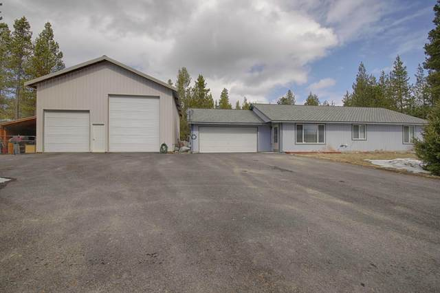 16300 Lava Drive, La Pine, OR 97739 (MLS #220118785) :: Fred Real Estate Group of Central Oregon