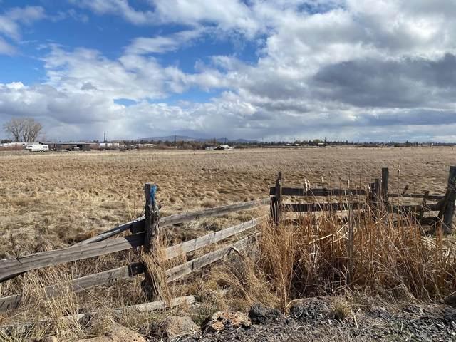 350 NE Oneil Way, Redmond, OR 97756 (MLS #220118791) :: Stellar Realty Northwest
