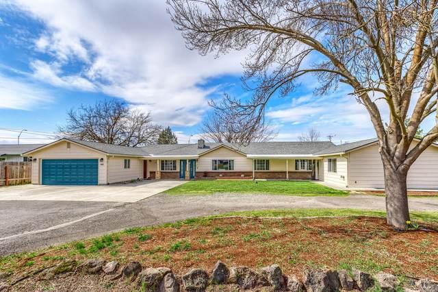 991 Springbrook Court, Medford, OR 97504 (MLS #220119037) :: Rutledge Property Group