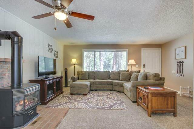 18015 Diamond Peak Lane, Sunriver, OR 97707 (MLS #220119145) :: The Riley Group