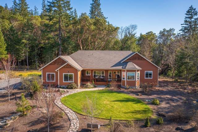125 Columbia Crest Drive, Grants Pass, OR 97526 (MLS #220119217) :: Berkshire Hathaway HomeServices Northwest Real Estate
