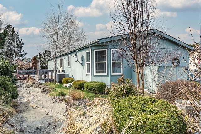 2646 SW Mariposa Loop, Redmond, OR 97756 (MLS #220119261) :: Bend Homes Now