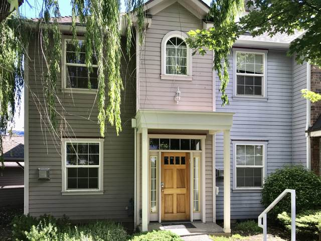 842 Park Street, Ashland, OR 97520 (MLS #220119291) :: Premiere Property Group, LLC