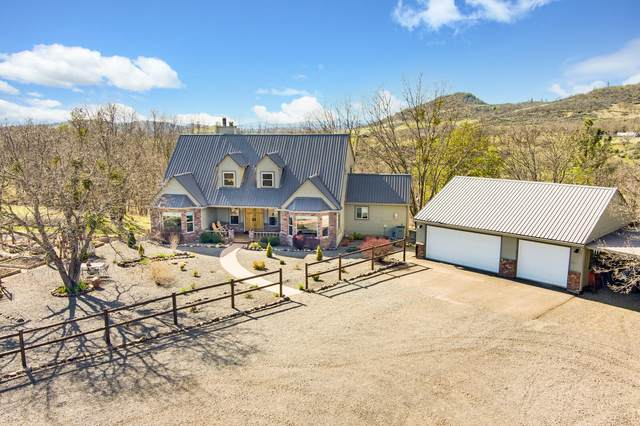 475 S Obenchain Road, Eagle Point, OR 97524 (MLS #220119296) :: Rutledge Property Group