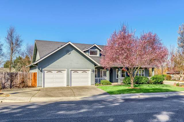 1254 Devonshire Way, Grants Pass, OR 97526 (MLS #220119398) :: Berkshire Hathaway HomeServices Northwest Real Estate