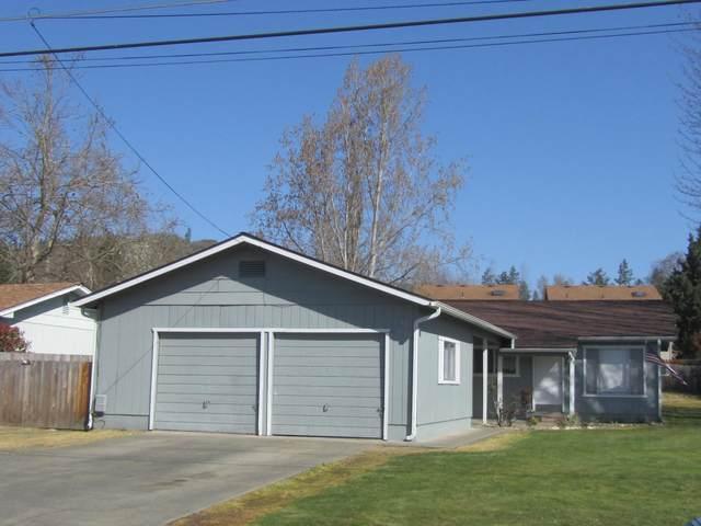 1336 SW Jordan Street 1336/1338, Grants Pass, OR 97526 (MLS #220119414) :: Berkshire Hathaway HomeServices Northwest Real Estate