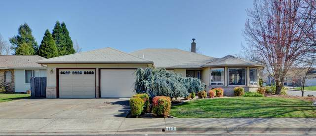 117 Tiffany Avenue, Central Point, OR 97502 (MLS #220119451) :: Berkshire Hathaway HomeServices Northwest Real Estate