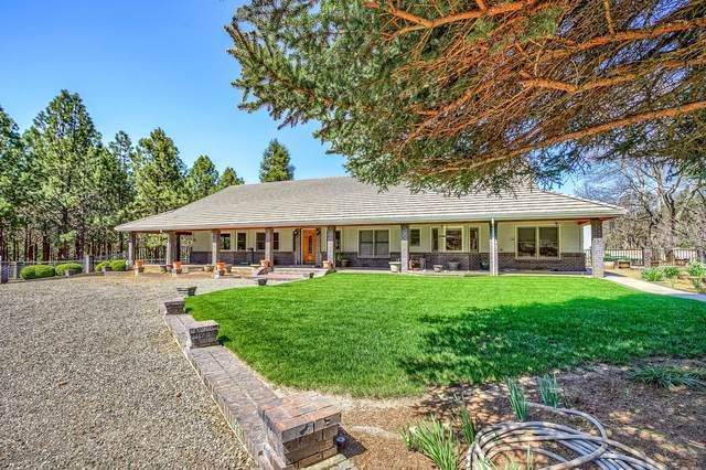 12300 Blackwell Road, Central Point, OR 97502 (MLS #220119465) :: Rutledge Property Group