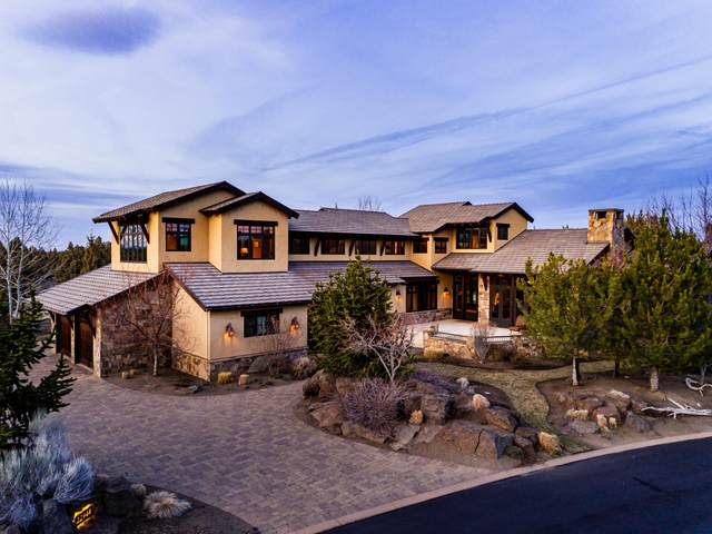 22944 Moss Rock Drive, Bend, OR 97701 (MLS #220119491) :: Berkshire Hathaway HomeServices Northwest Real Estate