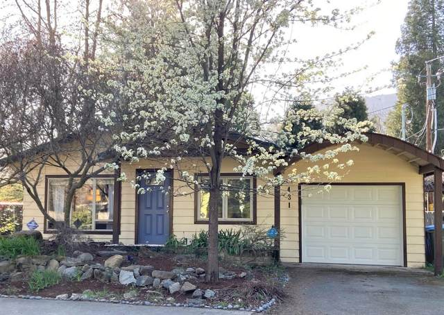 431 Berglund Street, Rogue River, OR 97537 (MLS #220119546) :: Rutledge Property Group