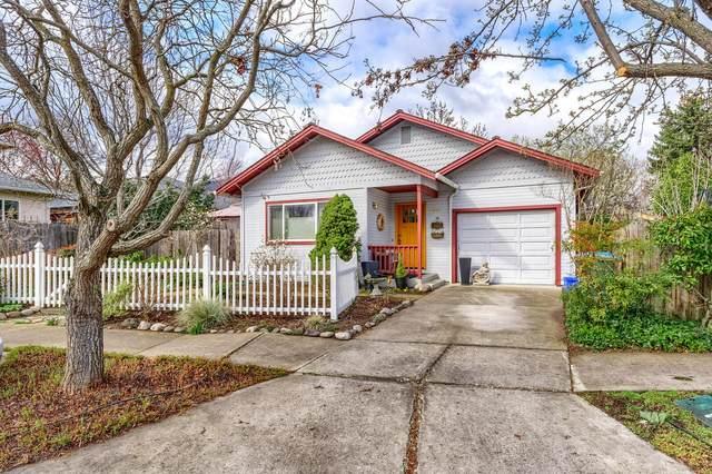 1360 Evan Lane, Ashland, OR 97520 (MLS #220119571) :: Berkshire Hathaway HomeServices Northwest Real Estate