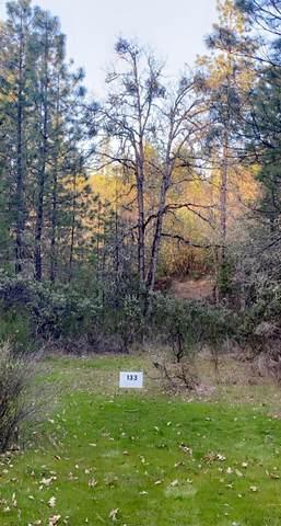 133 Hampshire Circle, Grants Pass, OR 97526 (MLS #220119853) :: Vianet Realty