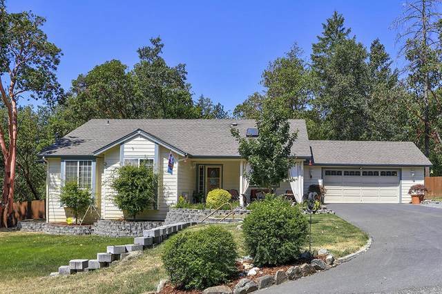 1722 Soldier Creek Road, Grants Pass, OR 97526 (MLS #220119910) :: Vianet Realty