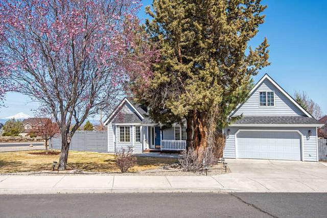 3885 SW Timber Avenue, Redmond, OR 97756 (MLS #220119916) :: Premiere Property Group, LLC