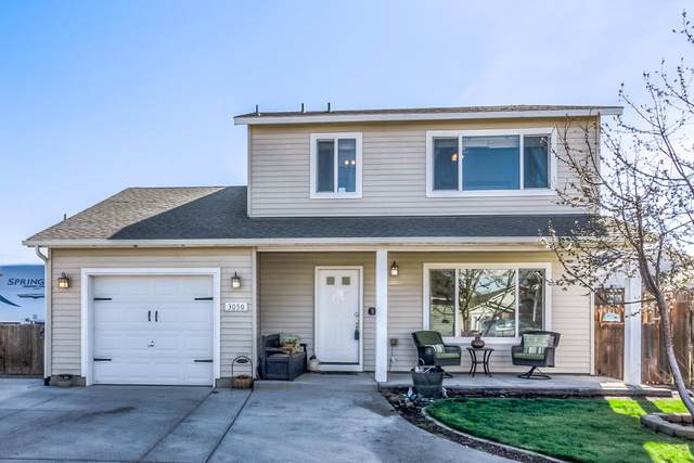 3050 NW 9th Place, Redmond, OR 97756 (MLS #220120016) :: Chris Scott, Central Oregon Valley Brokers