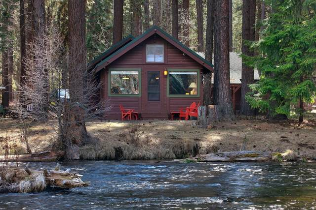 12380 SW River Road, Camp Sherman, OR 97730 (MLS #220120027) :: Bend Relo at Fred Real Estate Group