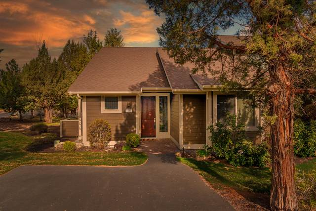 1294 Highland View Loop, Redmond, OR 97756 (MLS #220120036) :: Berkshire Hathaway HomeServices Northwest Real Estate