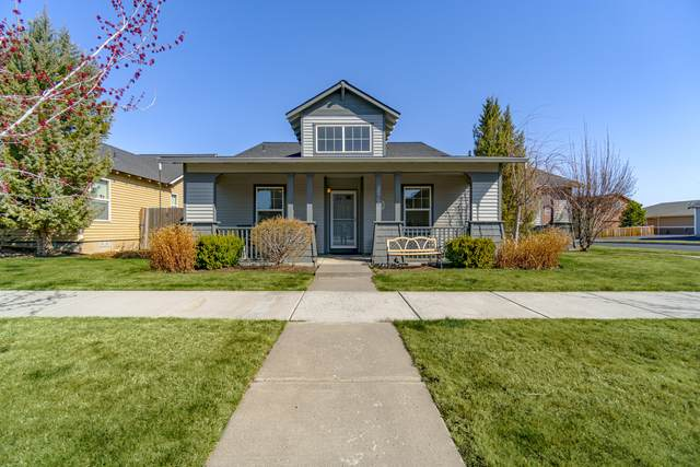 20764 Beaumont Drive, Bend, OR 97701 (MLS #220120037) :: Bend Homes Now