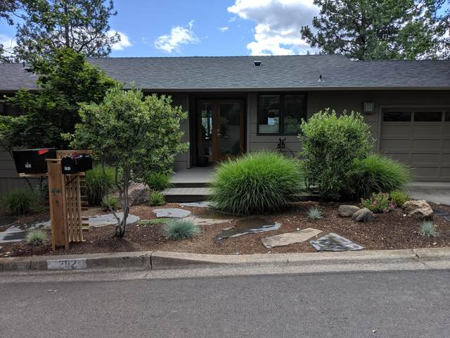 292 Terrace Street, Ashland, OR 97520 (MLS #220120038) :: Bend Relo at Fred Real Estate Group