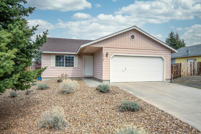 20740 Amber Way, Bend, OR 97701 (MLS #220120051) :: Bend Homes Now