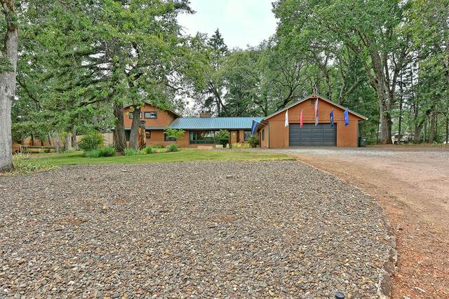325 Walnut Lane, Shady Cove, OR 97539 (MLS #220120052) :: FORD REAL ESTATE