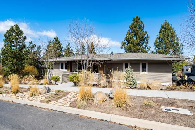 19188 NW Chiloquin Drive, Bend, OR 97703 (MLS #220120069) :: Bend Relo at Fred Real Estate Group