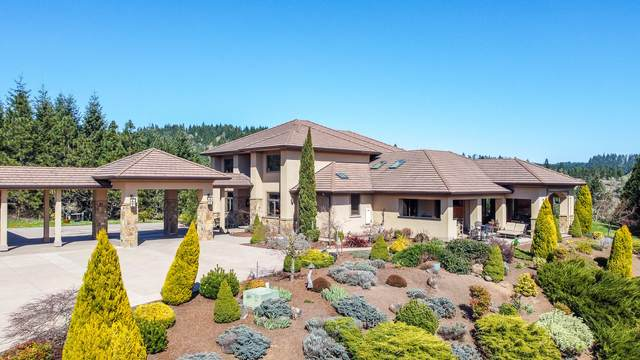 27113 Briggs Hill Road, Eugene, OR 97401 (MLS #220120074) :: Fred Real Estate Group of Central Oregon