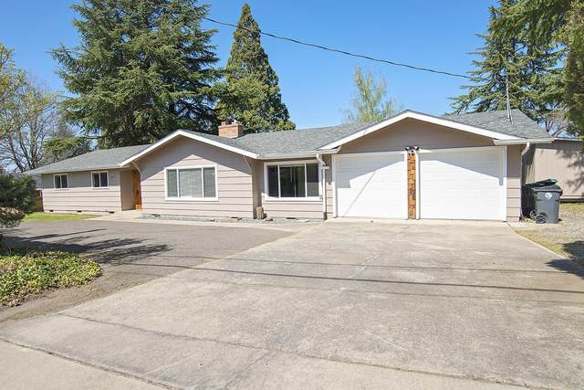 1617 E Jackson Street, Medford, OR 97504 (MLS #220120093) :: Bend Relo at Fred Real Estate Group
