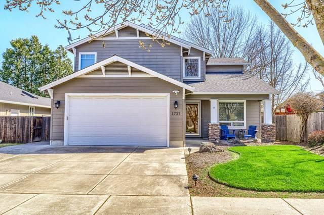 1727 Alexis Way, Medford, OR 97501 (MLS #220120105) :: Stellar Realty Northwest