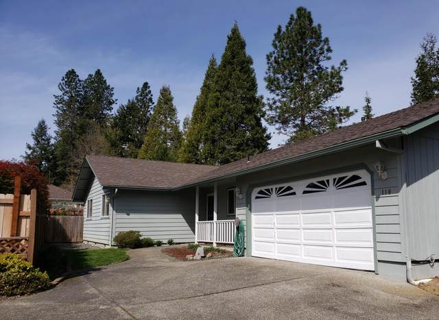 110 NW Sinclair Drive, Grants Pass, OR 97526 (MLS #220120126) :: Berkshire Hathaway HomeServices Northwest Real Estate
