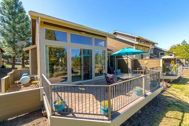 1386 Highland View Loop, Redmond, OR 97756 (MLS #220120132) :: Berkshire Hathaway HomeServices Northwest Real Estate
