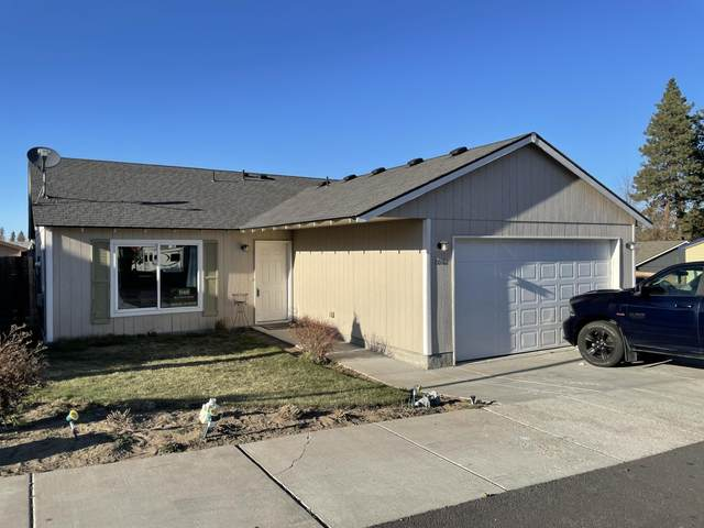 20162 Lyon Court, Bend, OR 97702 (MLS #220120168) :: Bend Relo at Fred Real Estate Group