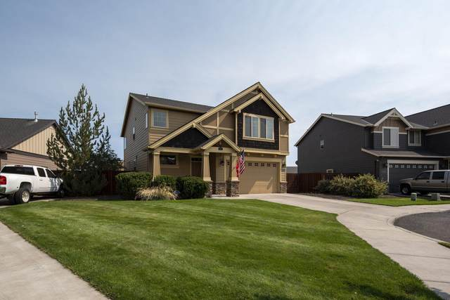 788 NW 28th Loop, Redmond, OR 97756 (MLS #220120169) :: Berkshire Hathaway HomeServices Northwest Real Estate